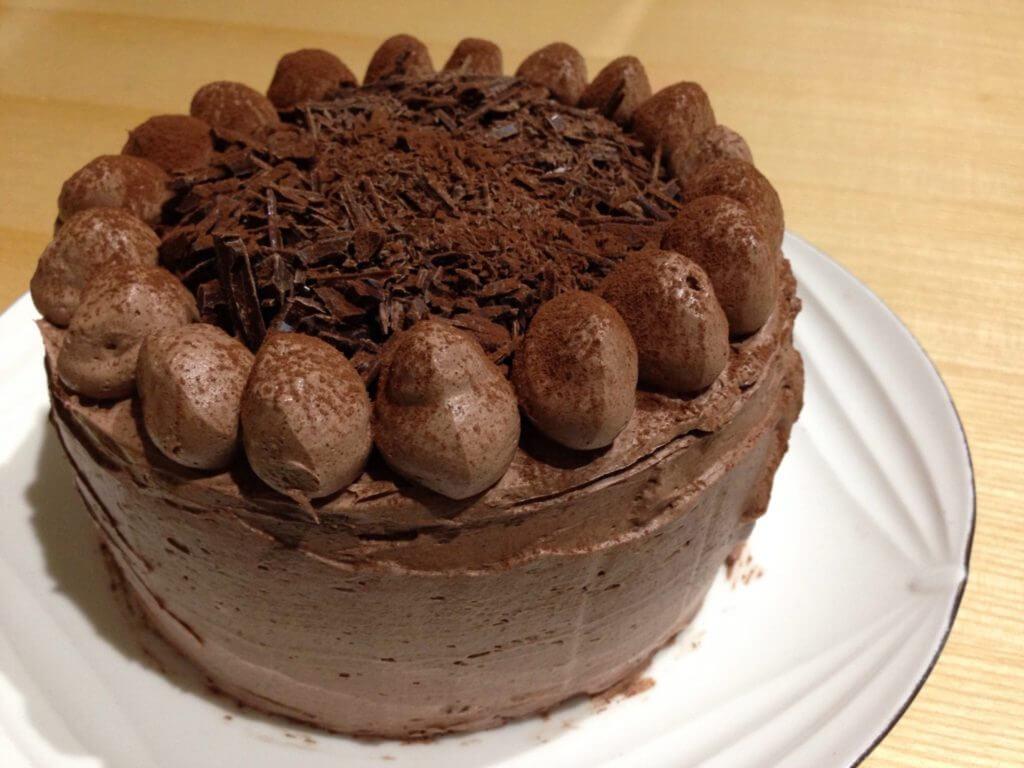 みきママのレシピ本でできた!初心者でも作れる絶品チョコレートケーキ。