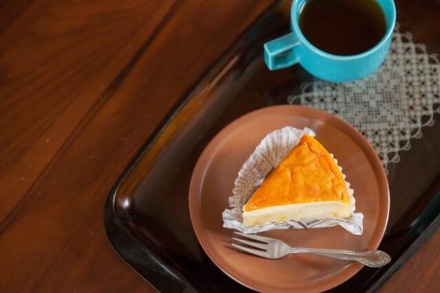カーリング女子のおやつ「赤いサイロ」以外でおすすめのチーズケーキ系お菓子3選。